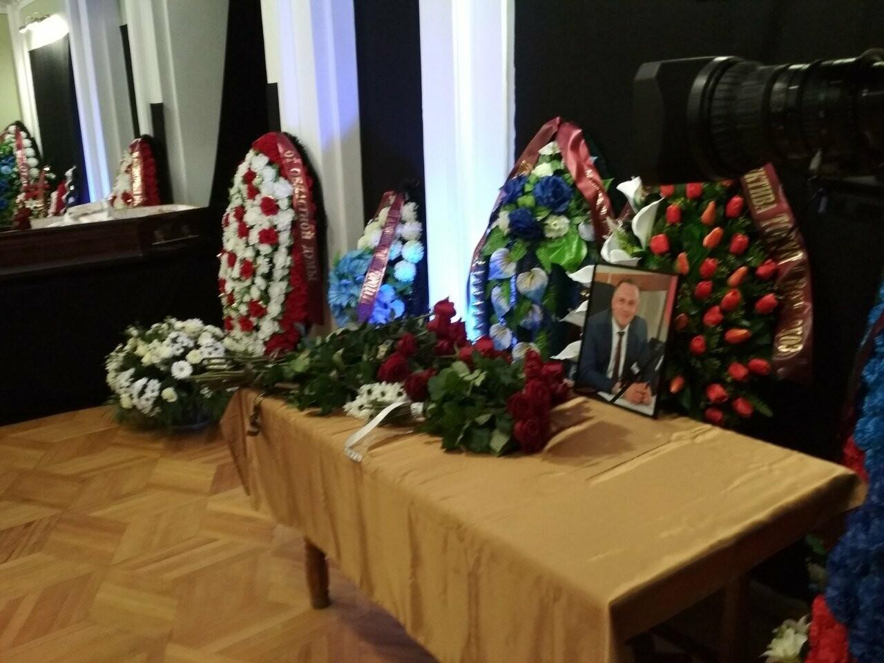 Скорбный день: в Тамбовской области простились с вице-губернатором Глебом Чулковым, фото-1