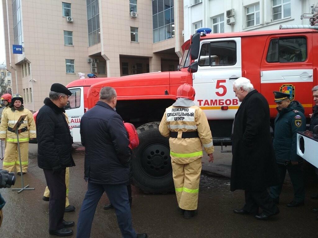 15 новых пожарных машин заступили на боевое дежурство в Тамбовской области, фото-1