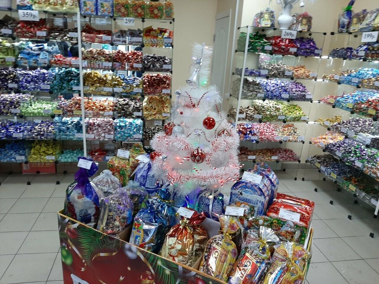 Тамбовский Роспотребнадзор перед Новым годом проверяет конфетные подарки , фото-3