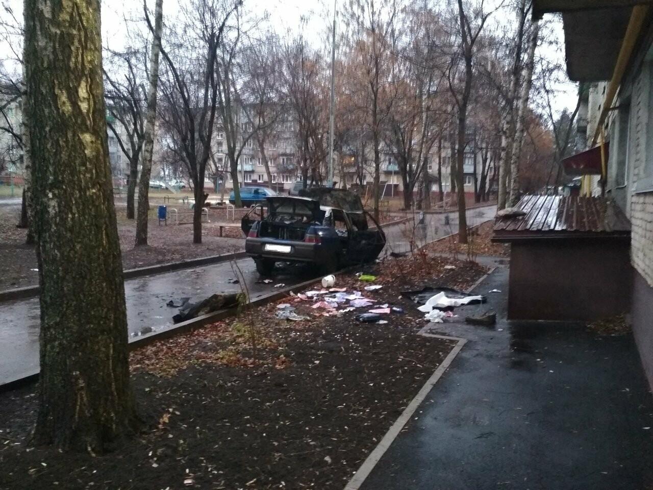В Тамбове в ночь на понедельник сгорел еще один автомобиль, фото-2
