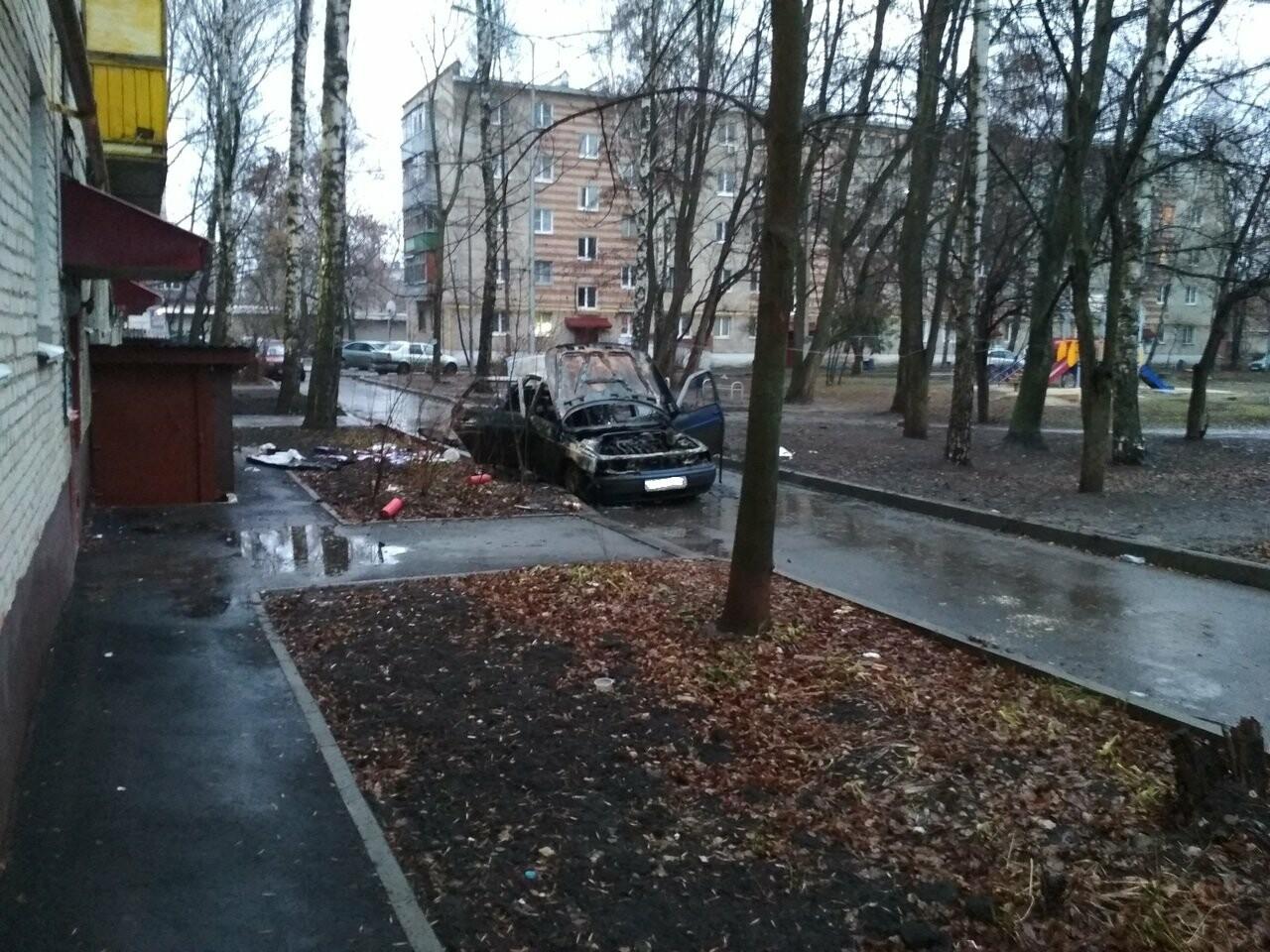 В Тамбове в ночь на понедельник сгорел еще один автомобиль, фото-3