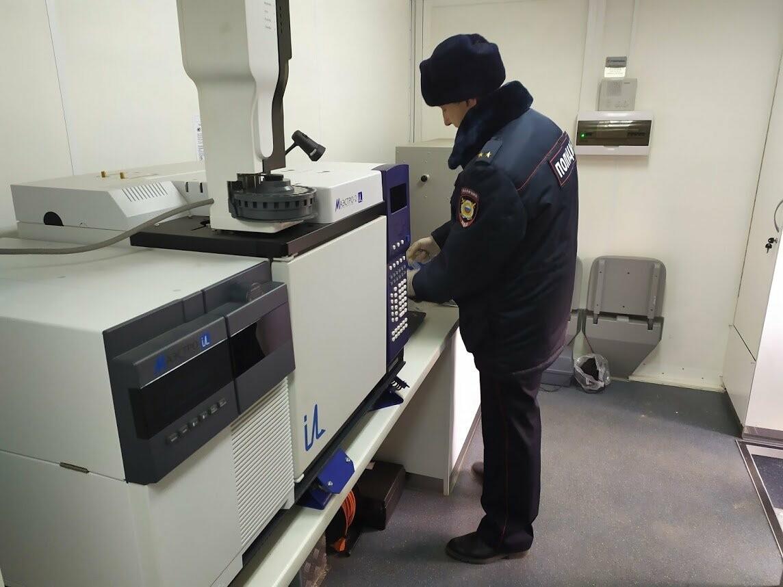 Тамбовские полицейские получили современную мобильную криминалистическую лабораторию , фото-1