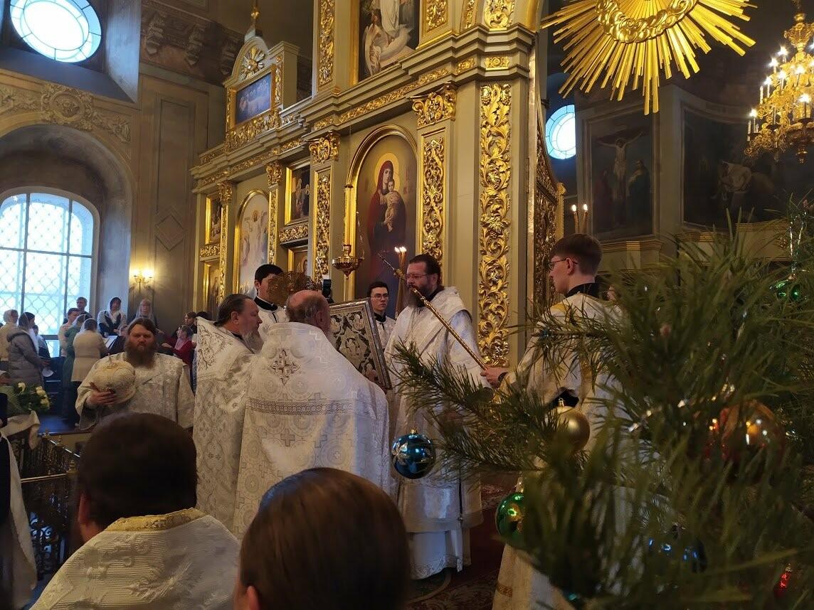 Митрополит Тамбовский и Рассказовский Феодосий поздравил прихожан с Рождеством Христовым, фото-5