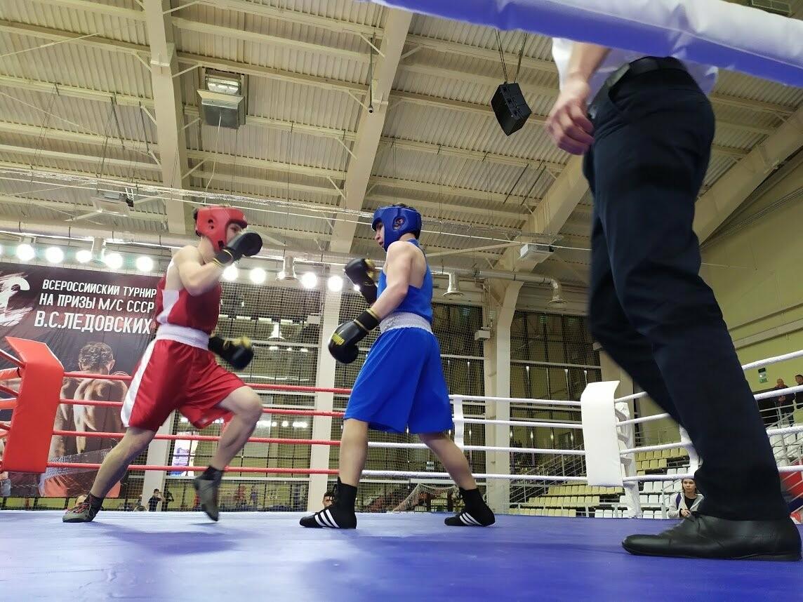 В Тамбове стартовал 21-й турнир по боксу на призы мастера спорта СССР Валерия Ледовских, фото-3