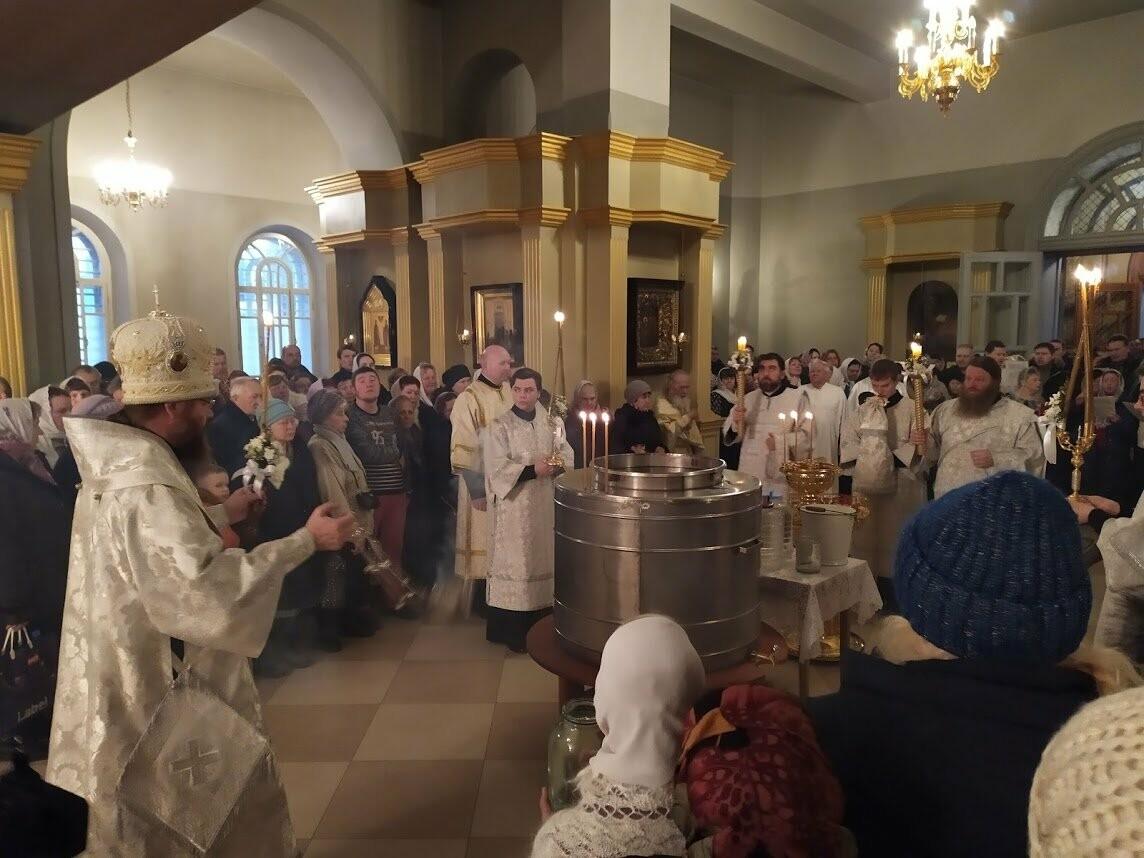 Православные тамбовчане отметили праздник Святого Крещения Господня, фото-5