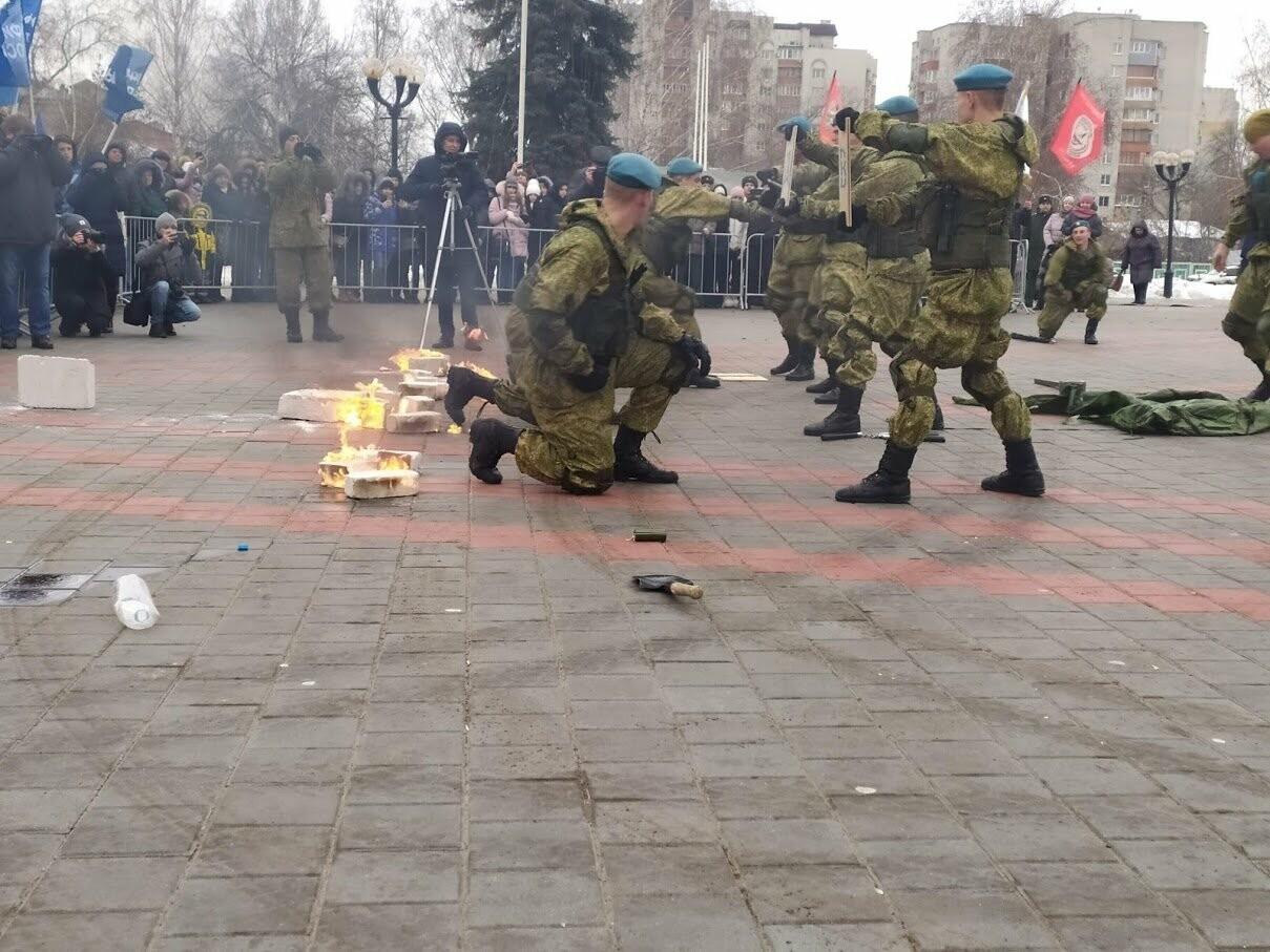 В Тамбов прибыл десант из Камышина в рамках марш-броска в честь 75-летия Победы , фото-1