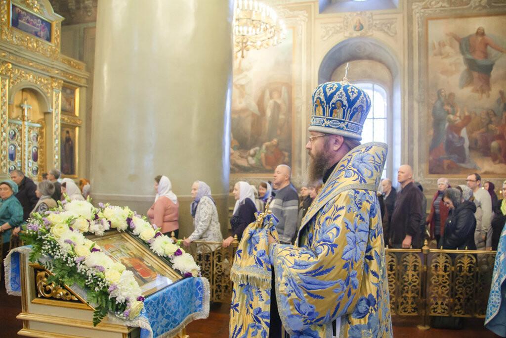 Православные тамбовчане отметили праздник Сретения Господа Нашего Иисуса Христа, фото-7