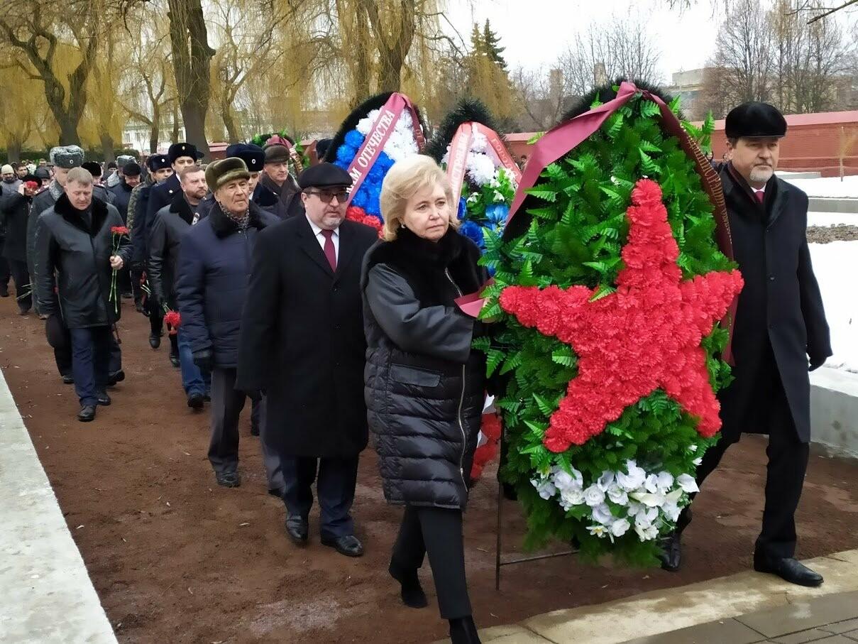 На Воздвиженском кладбище Тамбова почтили память павших воинов, фото-1