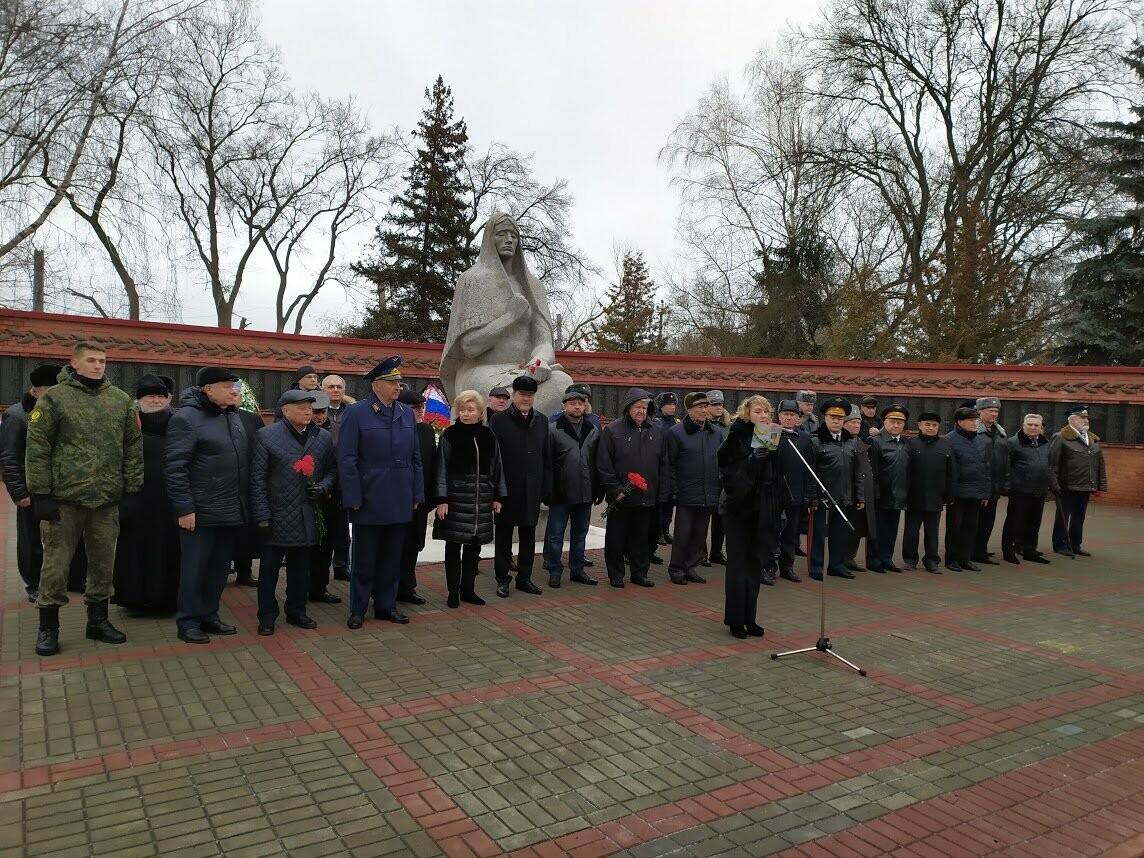 На Воздвиженском кладбище Тамбова почтили память павших воинов, фото-4