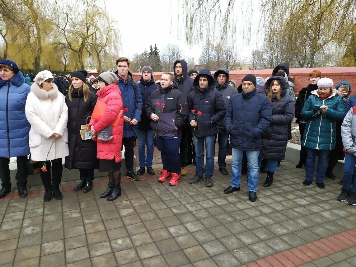 На Воздвиженском кладбище Тамбова почтили память павших воинов, фото-6