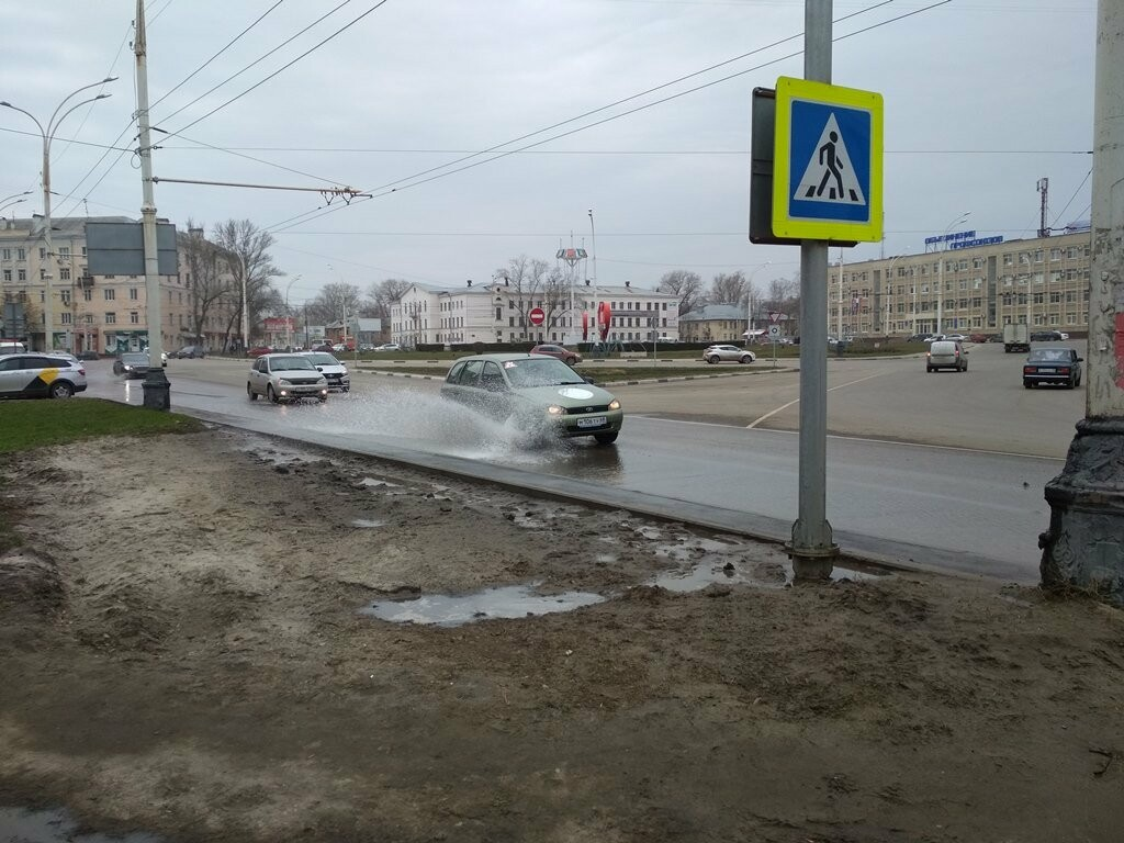 В центре Тамбова снова крупная коммунальная авария, фото-9