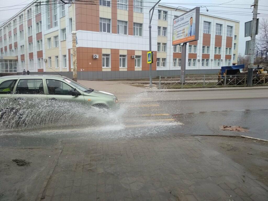 В центре Тамбова снова крупная коммунальная авария, фото-11