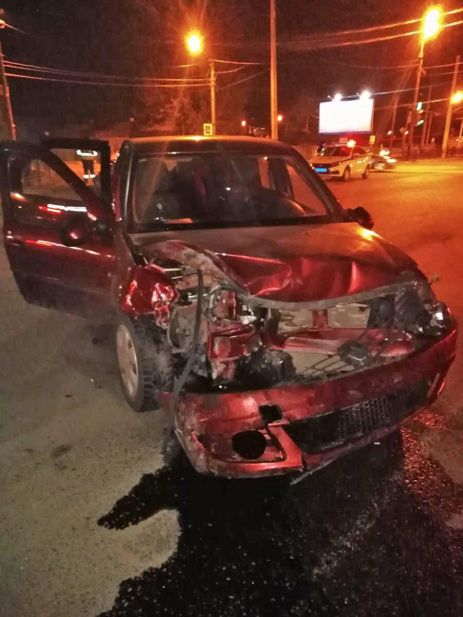 В Тамбове при столкновении двух легковушек пострадали двое детей, фото-2
