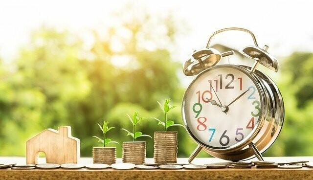 Инвестиции: способ избежать стагнации денежных сбережений, фото-1