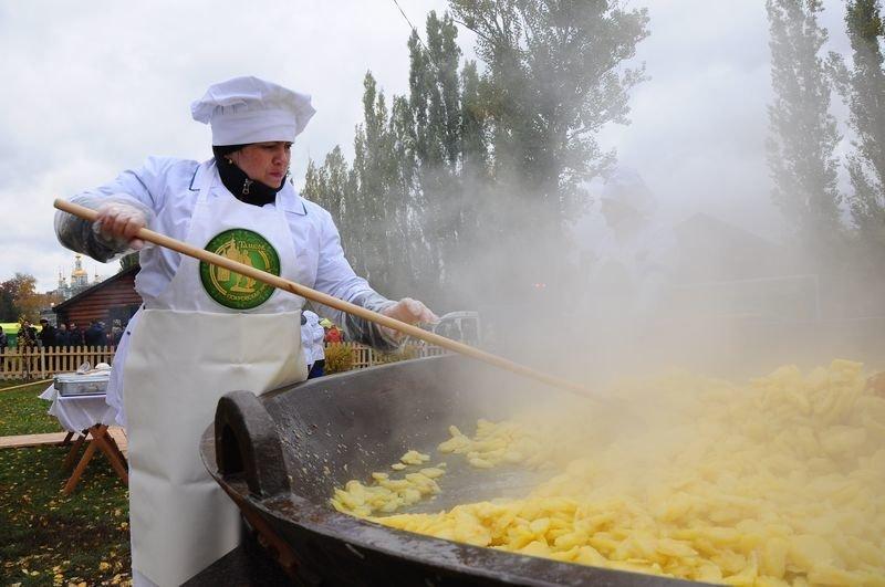 На Покровской ярмарке сварят 382 кг тамбовской картошки, фото-1