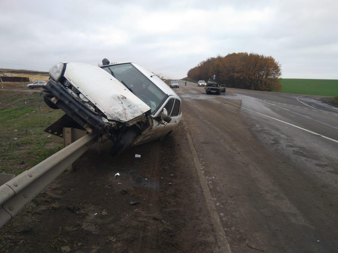 На Тамбовщине в загоревшейся после ДТП «пятёрке» погиб водитель, фото-1
