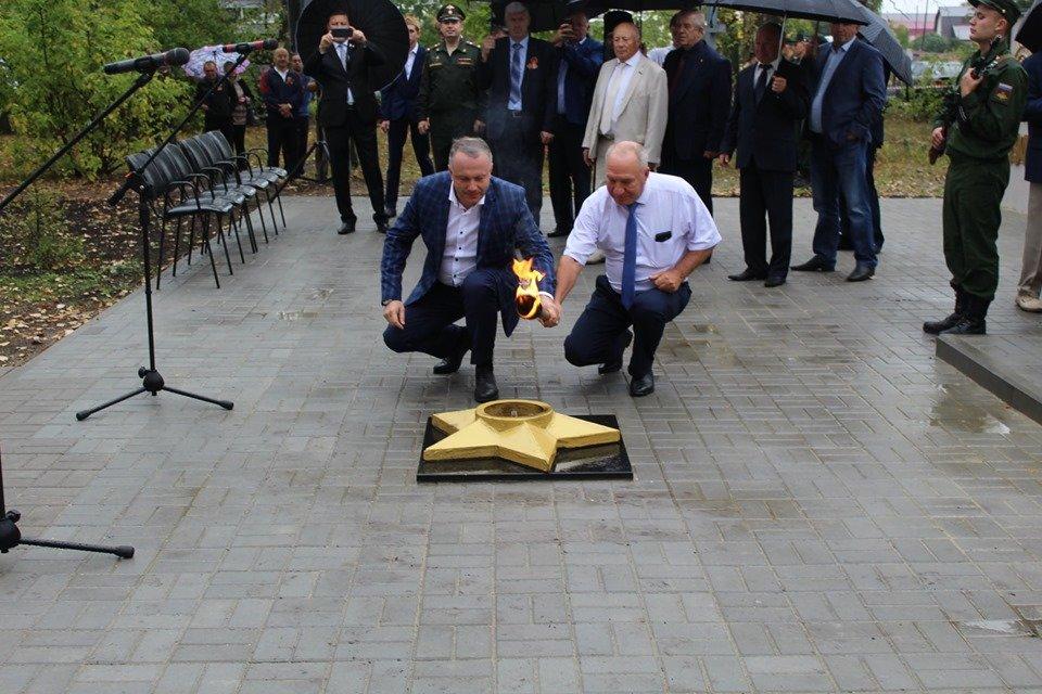 В селе Устье Моршанского района открыли новый мемориал, фото-6