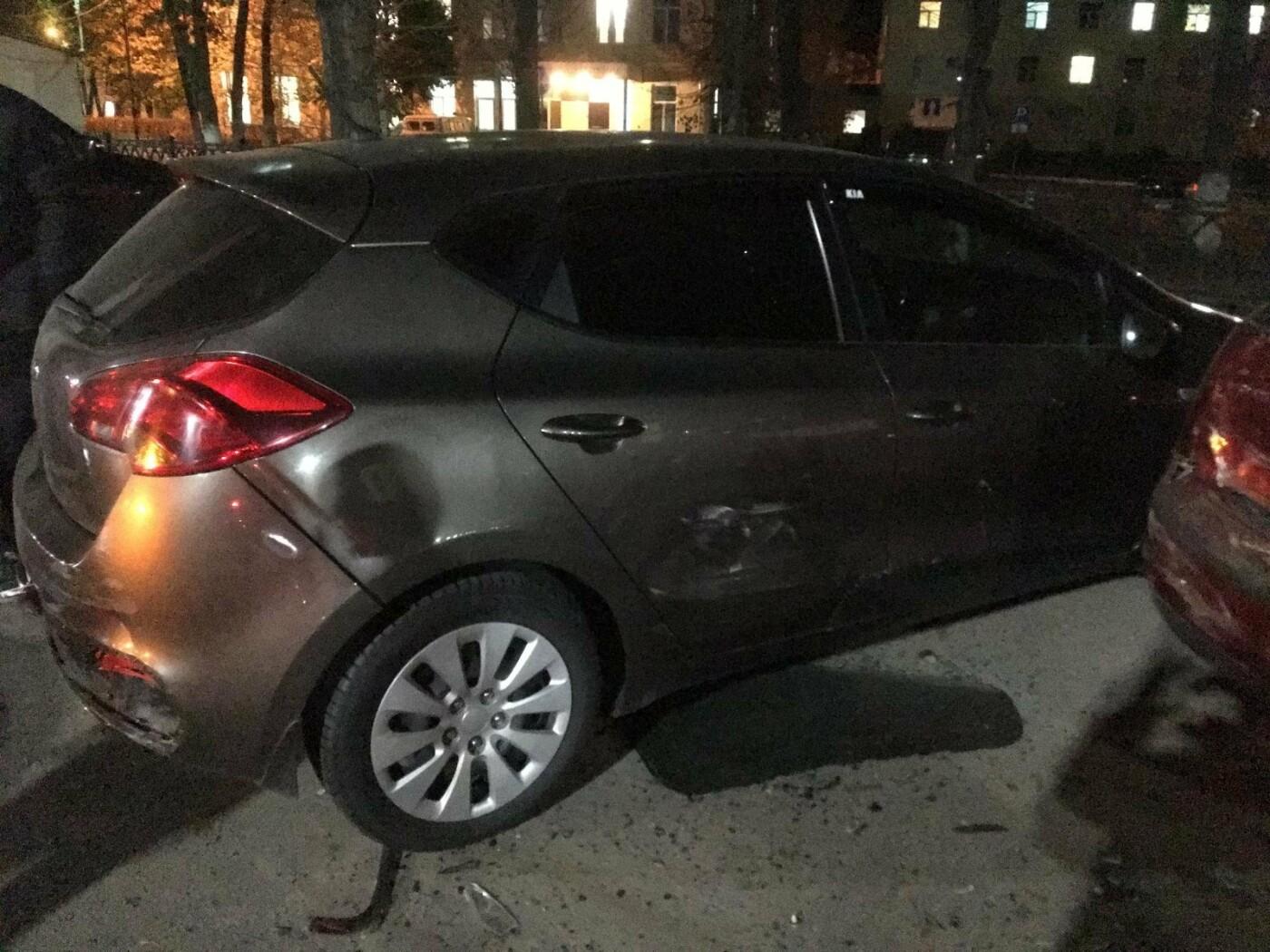 В центре Тамбова водитель BMW X6 устроил массовое ДТП: пострадала девушка, фото-3