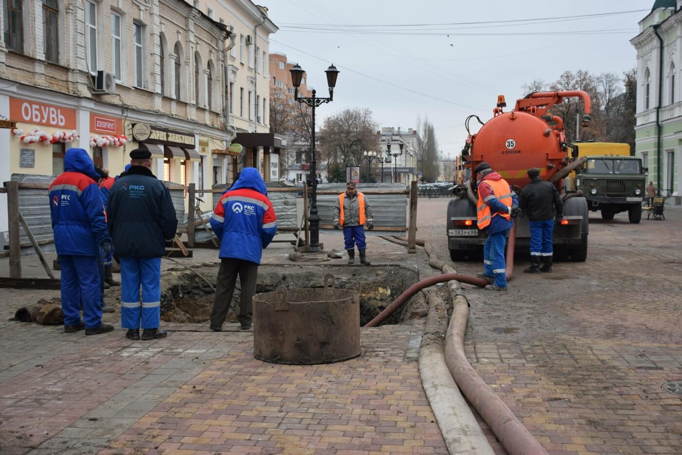 В Тамбове продолжают ремонт коллектора на улице Коммунальной, фото-3
