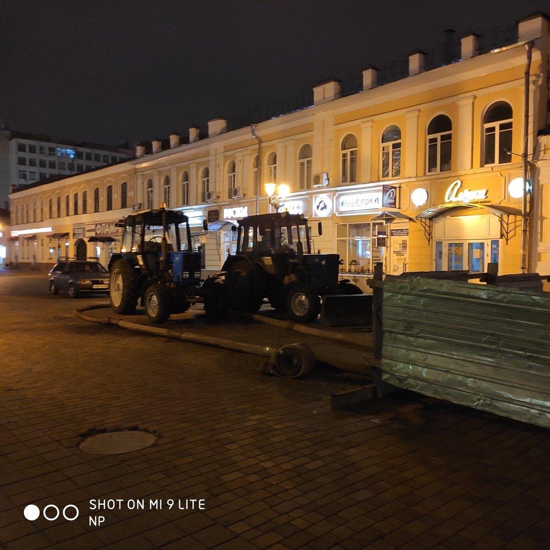 В Тамбове на улице Коммунальной снова обрушился коллектор и провалился грунт, фото-3