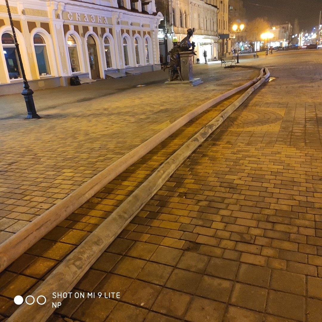 В Тамбове на улице Коммунальной снова обрушился коллектор и провалился грунт, фото-4