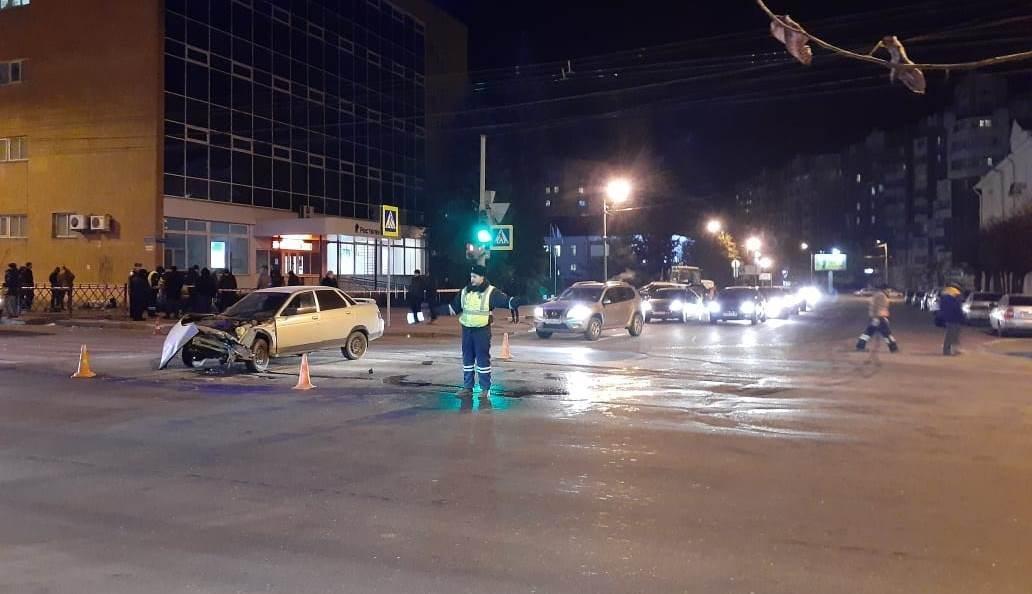 Опубликована видеозапись момента страшной аварии в Тамбове на Советской (ВИДЕО), фото-3