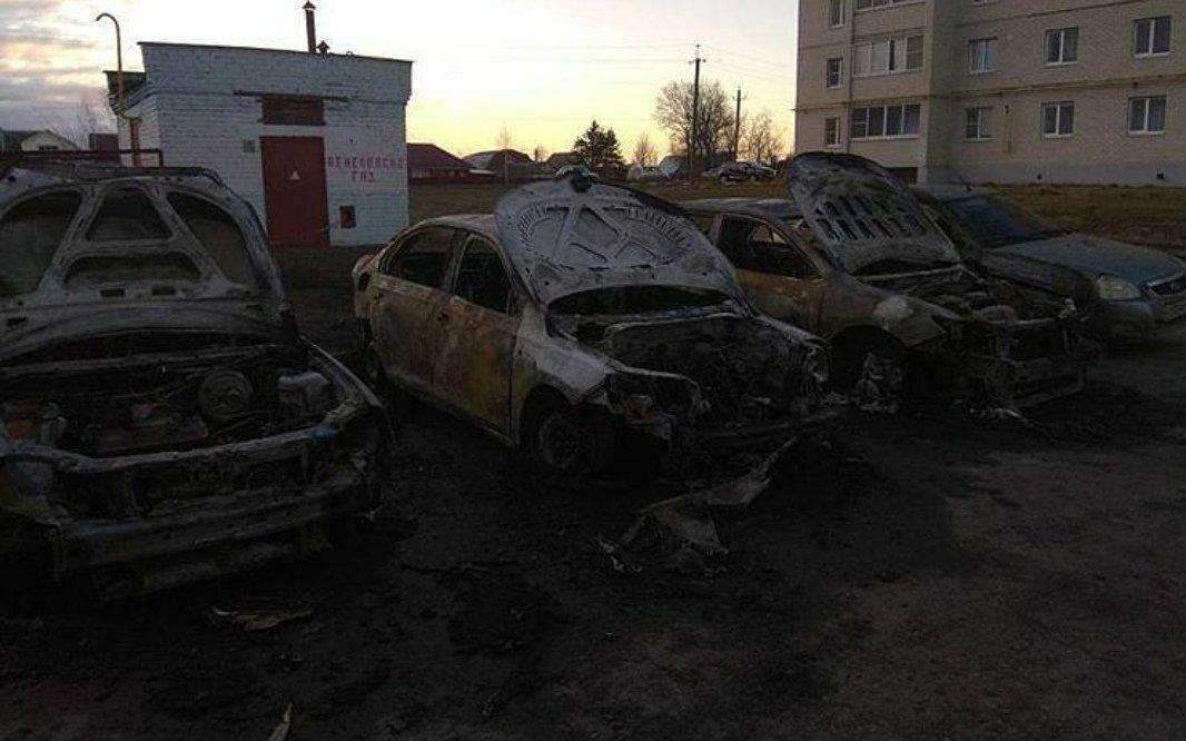 В Тамбове по ночам продолжают массово сгорать автомобили: видео, фото-1