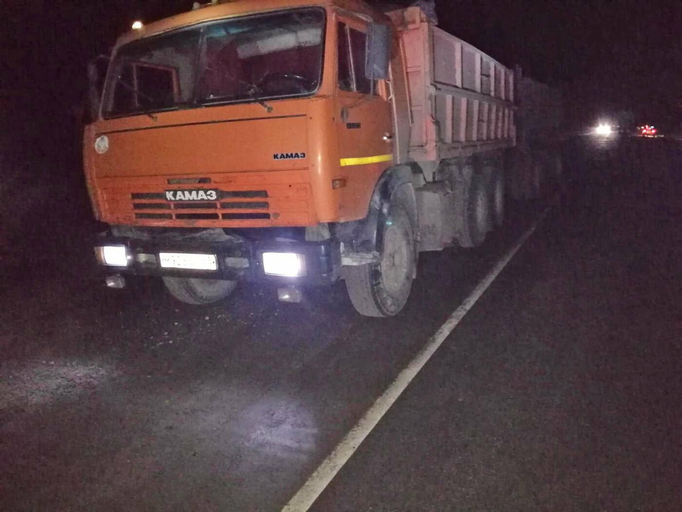 На трассе «Тамбов-Пенза» произошло тройное ДТП – один автомобиль загорелся, погиб человек, еще трое пострадали, фото-3
