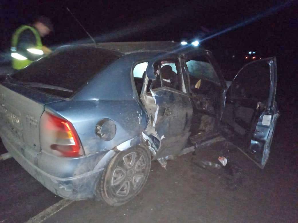 На трассе «Тамбов-Пенза» произошло тройное ДТП – один автомобиль загорелся, погиб человек, еще трое пострадали, фото-1