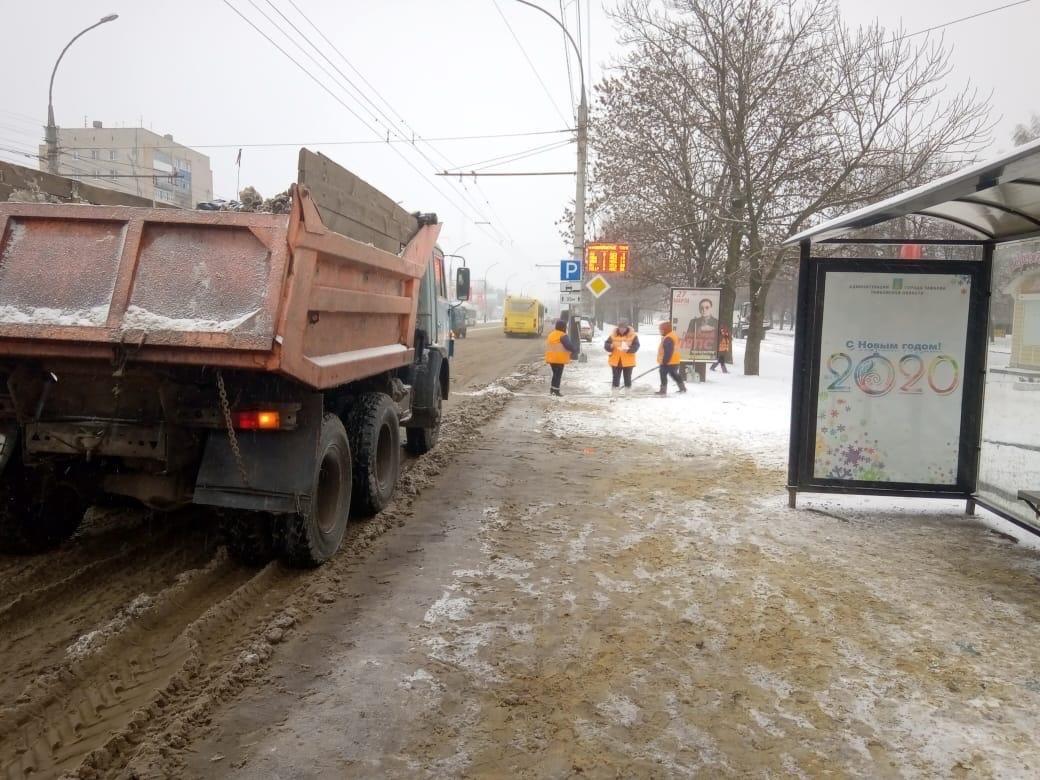 В Тамбове за два дня вывезли 1300 кубометров снега, фото-1