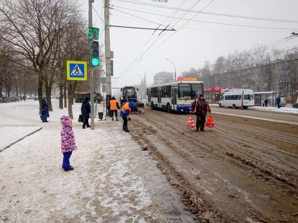 В Тамбове за два дня вывезли 1300 кубометров снега, фото-2