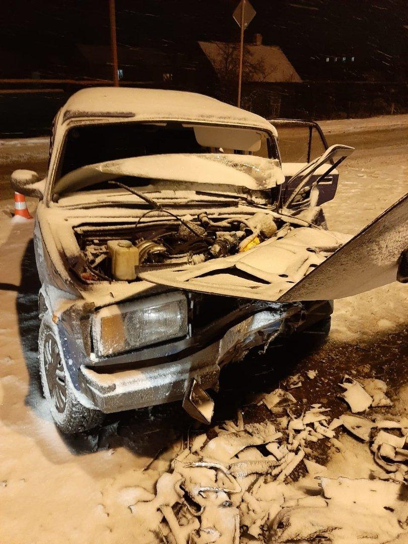 Под Тамбовом в районе Новой Ляды столкнулись две легковушки: один человек погиб, ребенок и женщина госпитализированы, фото-1