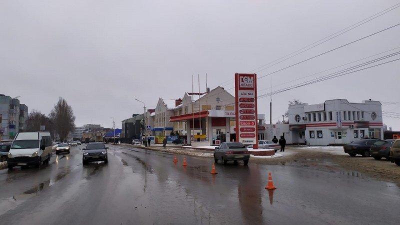 В Мичуринске легковушка сбила женщину, переходившую дорогу в неположенном месте, фото-1