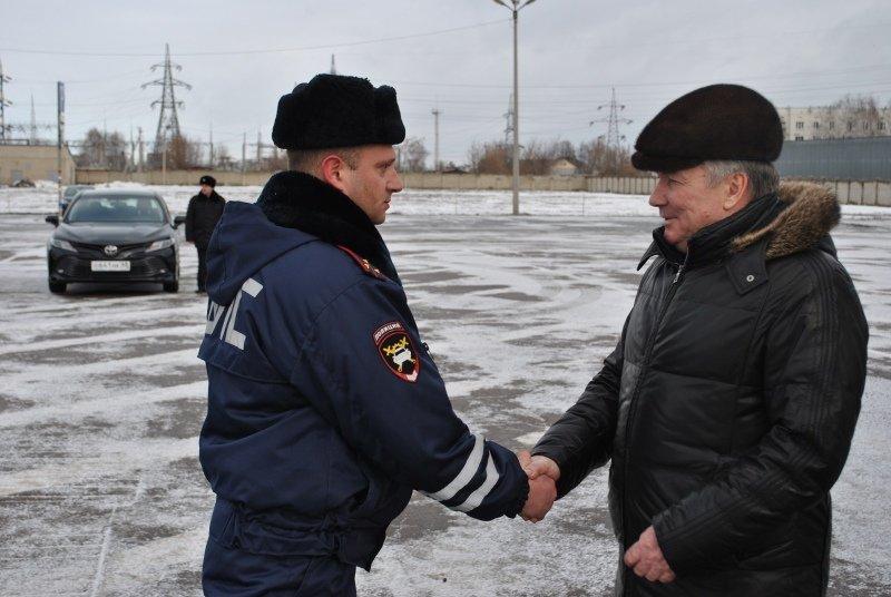 Тамбовские полицейские получили новую партию служебных машин: видео, фото-3