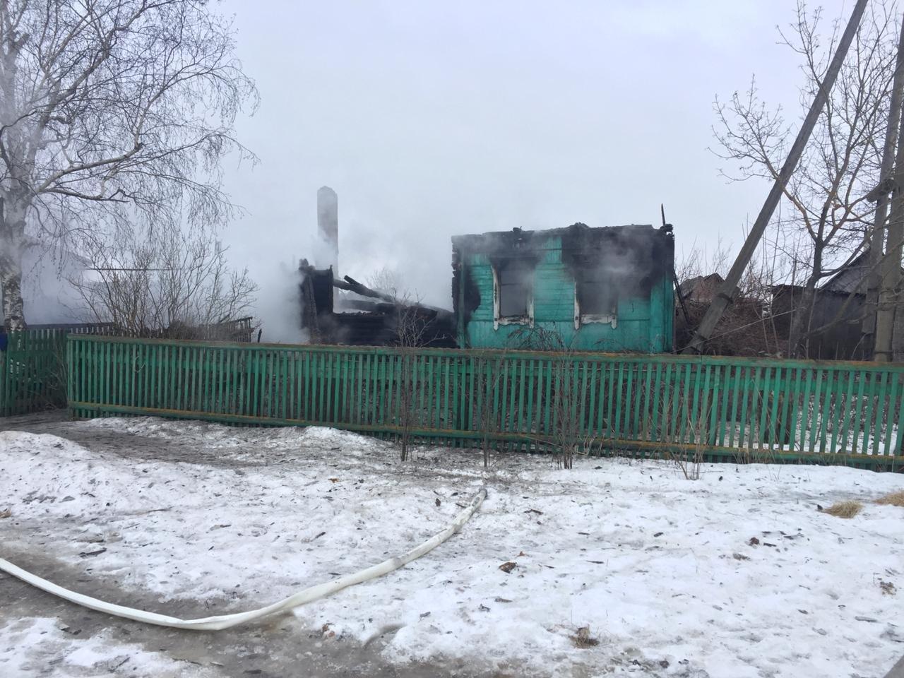 В Пичаевском районе под обломками сгоревшего дома обнаружили тела двух пенсионеров, фото-3