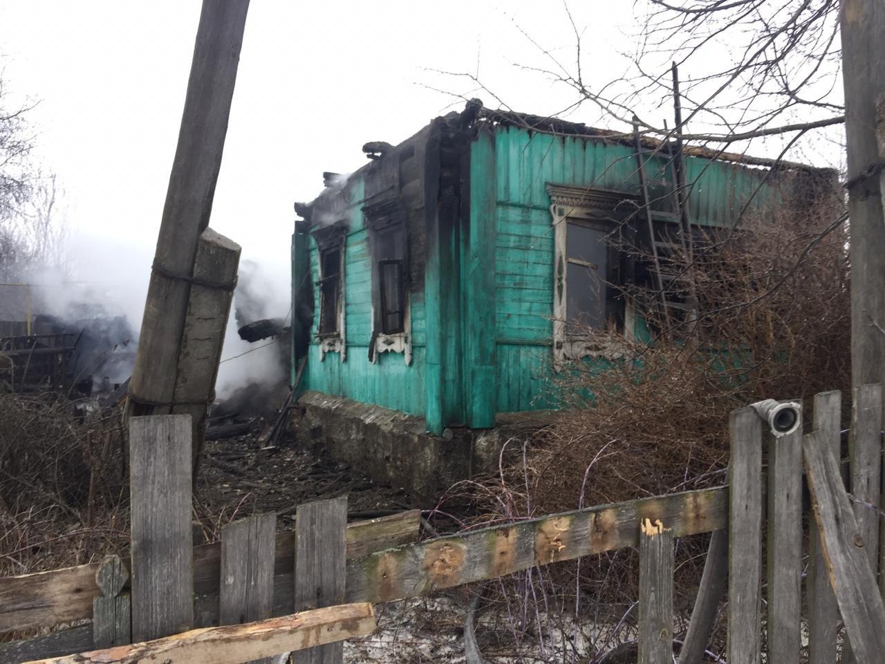 В Пичаевском районе под обломками сгоревшего дома обнаружили тела двух пенсионеров, фото-4