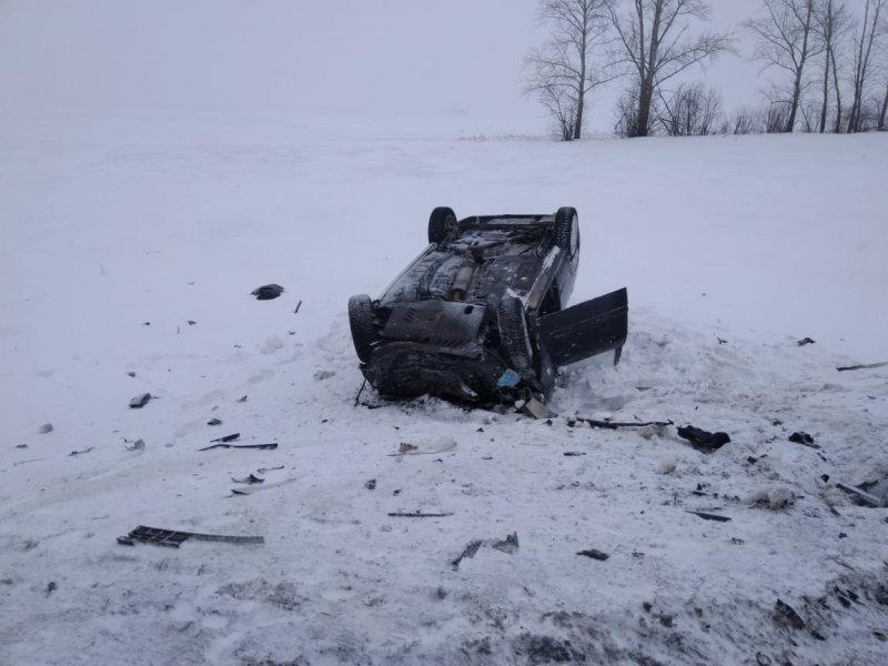 В Тамбовской области три человека погибли в столкновении двух легковушек, фото-1