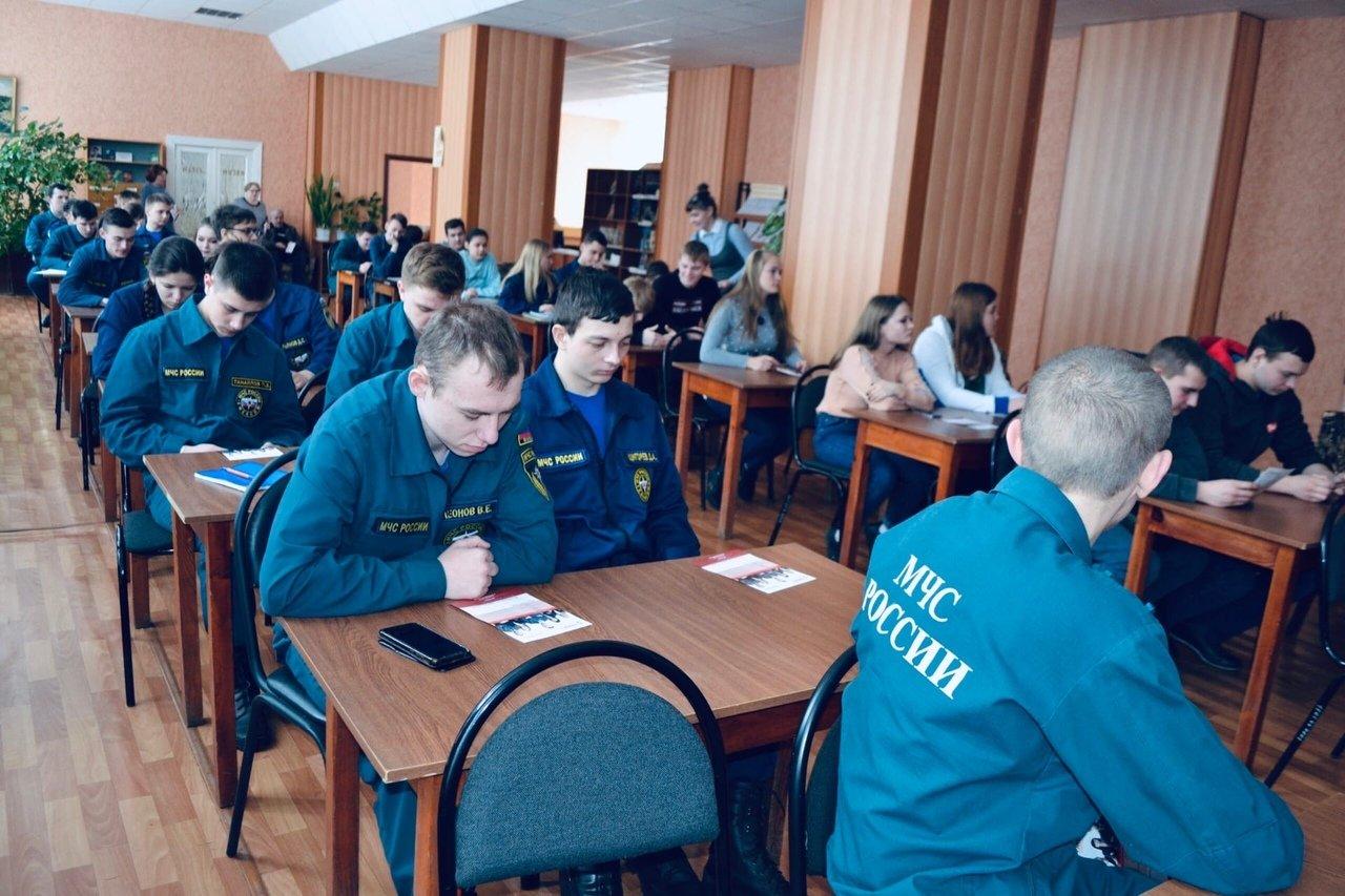 Приемная комиссия Тамбовского филиала РАНХиГС посетила ТОГБПОУ «Аграрно-технологический техникум», фото-1