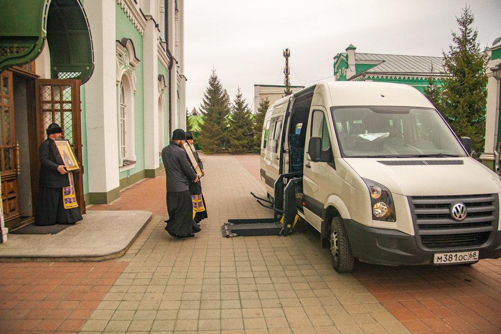 В Тамбовской области провели автомобильный крестный ход против коронавируса, фото-3