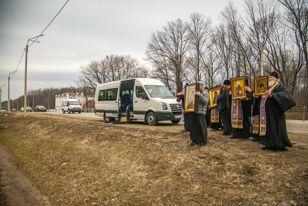 В Тамбовской области провели автомобильный крестный ход против коронавируса, фото-4