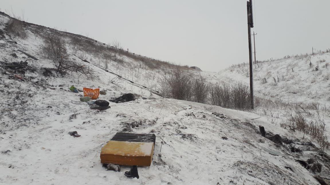 В Тамбовской области на федеральной трассе Р-22 перевернулся рейсовый автобус: двое погибли, еще 18 пострадали, фото-10