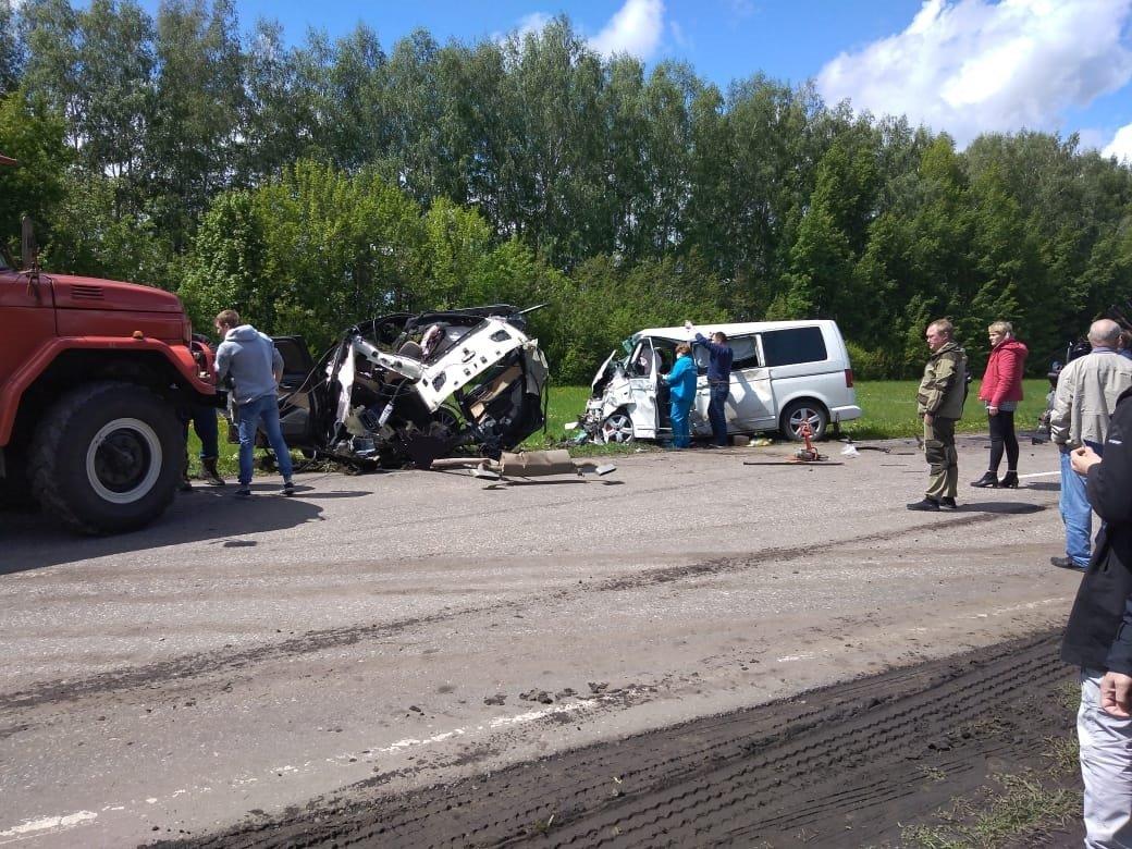 Жуткое ДТП в Ржаксинском районе унесло жизни трёх человек, фото-1
