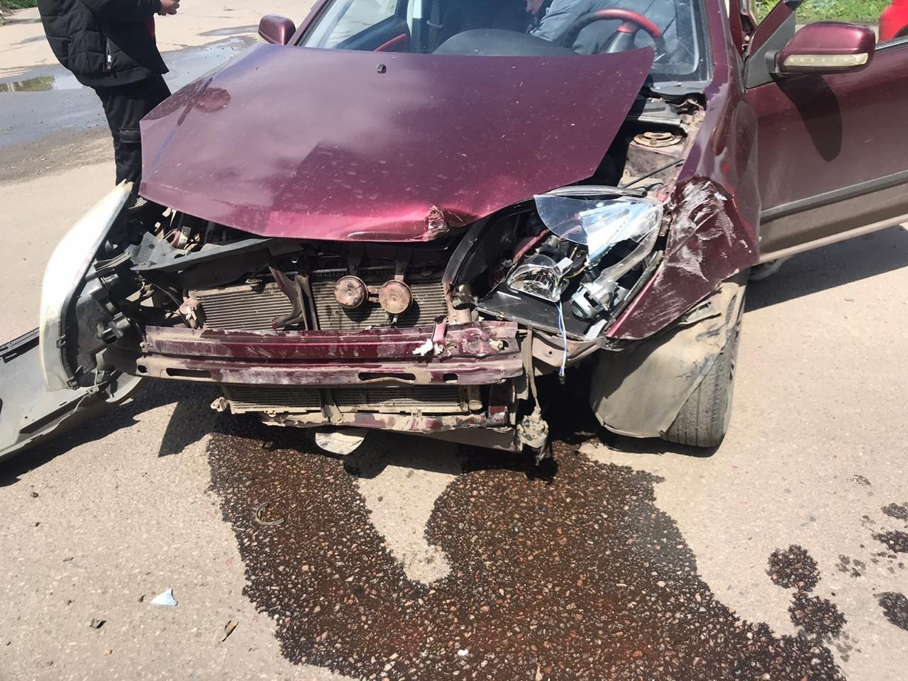 В Мичуринске две автоледи не поделили дорогу, а пострадал пешеход, фото-2