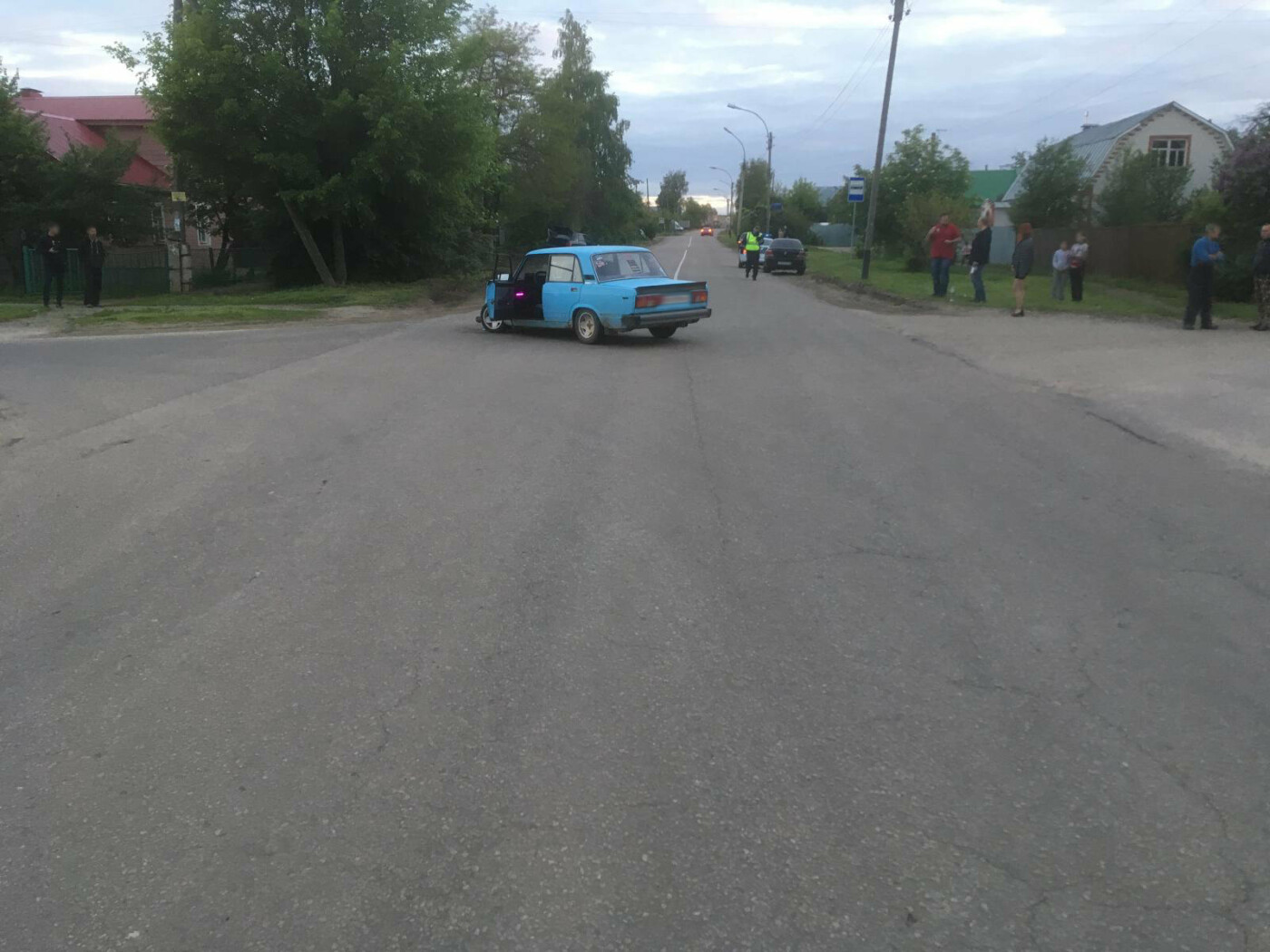 В Тамбове на Воронежской столкнулись «классика» и иномарка, фото-1