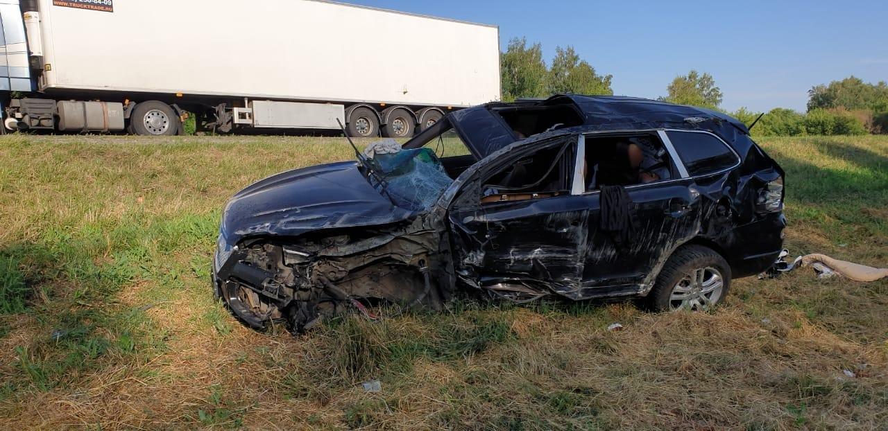 На трассе в Тамбовской области столкнулись две легковушки: четыре человека в больнице, фото-4