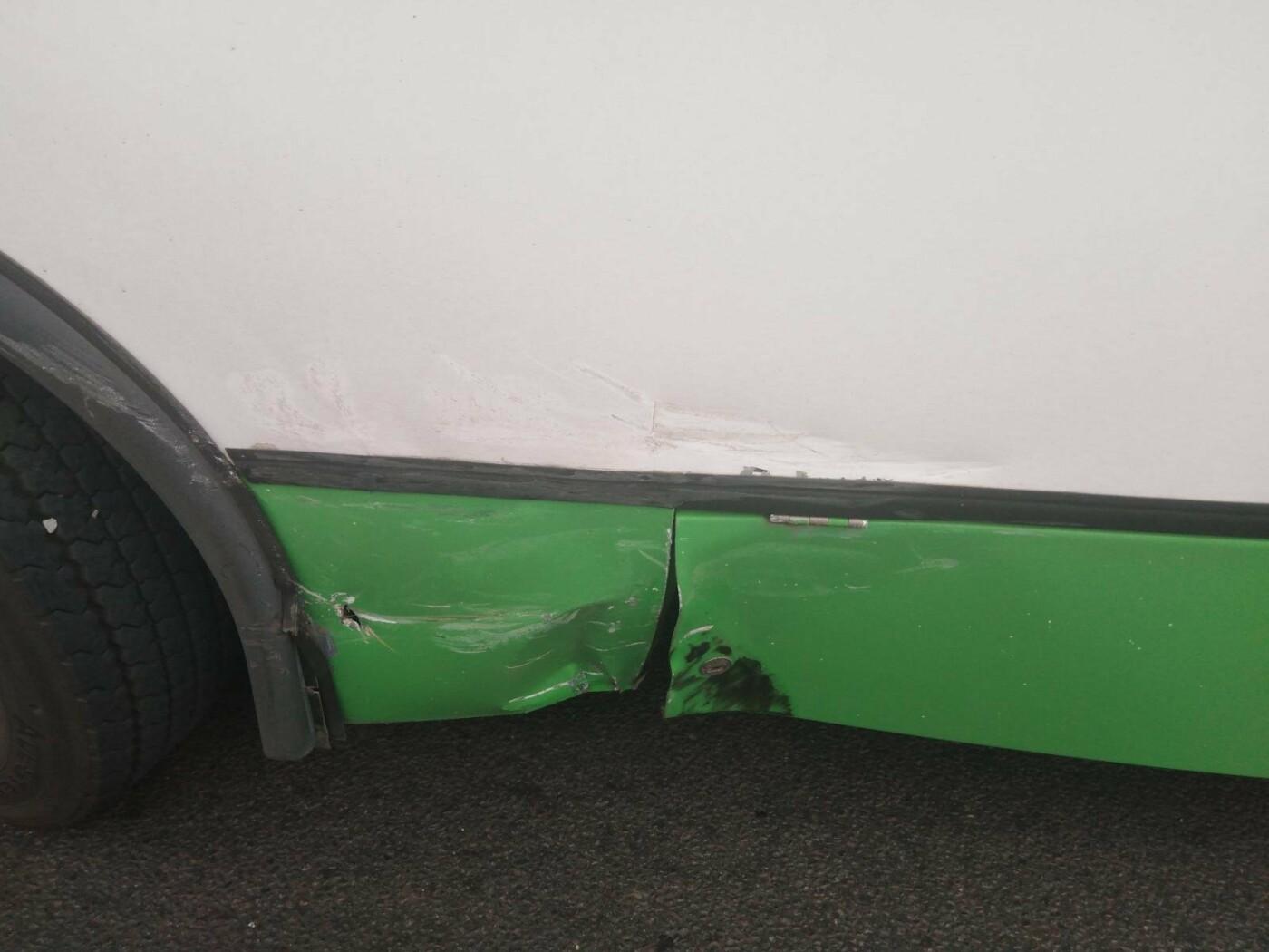В Тамбове легковушка врезалась в пассажирский автобус, фото-1