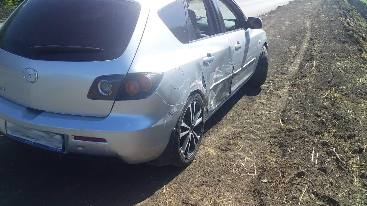 На федеральной трассе в Тамбовской области столкнулись два легковых автомобиля, фото-1