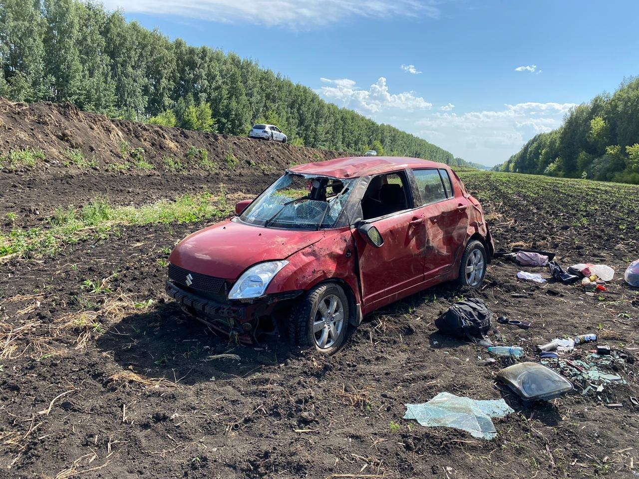 На федеральной трассе в Тамбовской области столкнулись два легковых автомобиля, фото-2